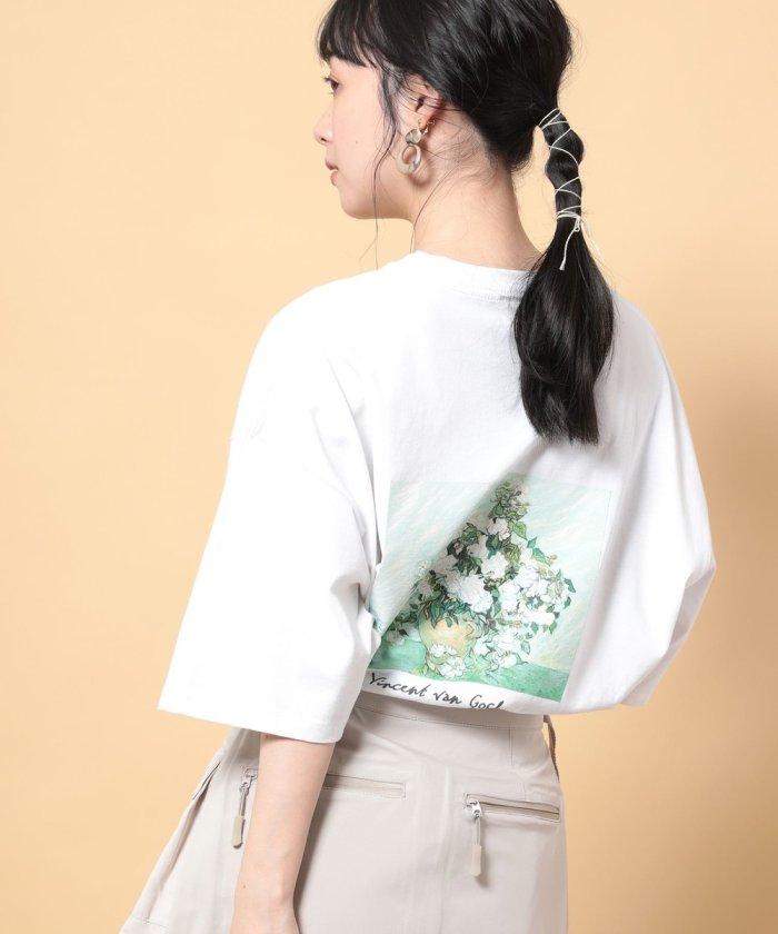 別注 アートフラワーショートスリーブTシャツ''VASE WITH PINK ROSES''【一部WEB限定】