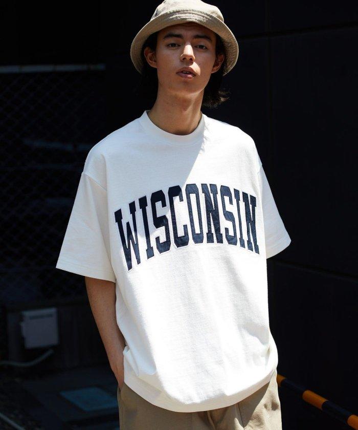WISCONSIN カレッジロゴ ワッペン Tシャツ