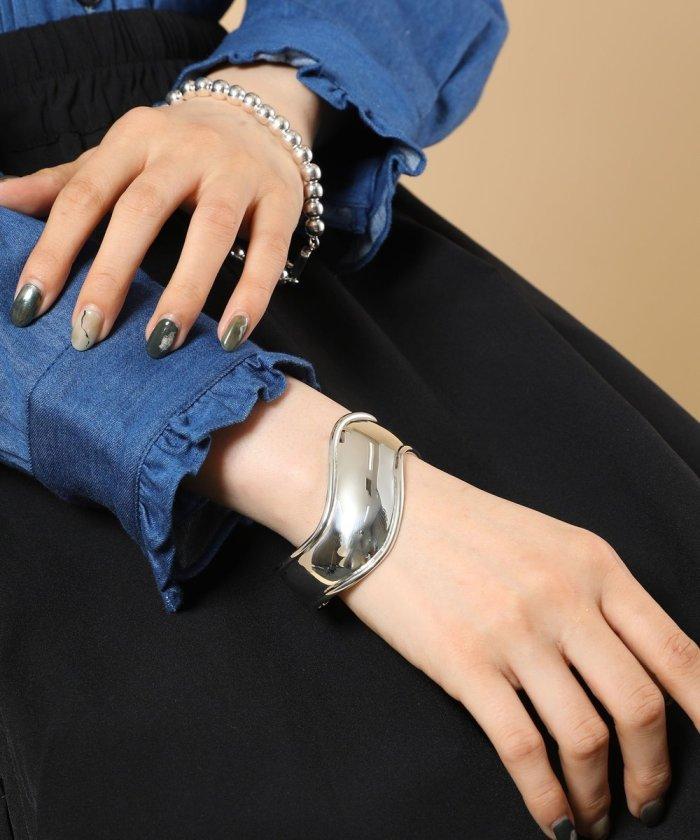 Tilted Bracelet